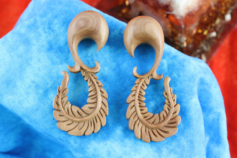 Wood Curved Feather Plug Stretched Ears