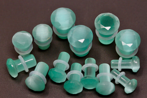 Faceted Cut Single Flare Aqua Cats Eye Plugs (Pair) - PH55