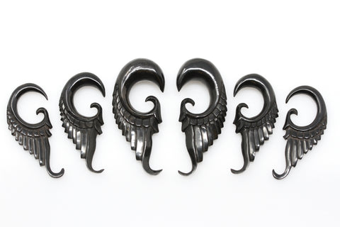 Black Horn Feather Gauged Ear Plugs (Pair) - B029