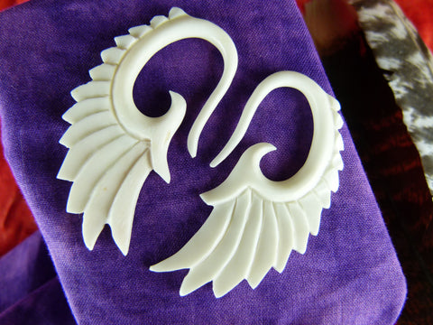 White Wings Stretch Plugs