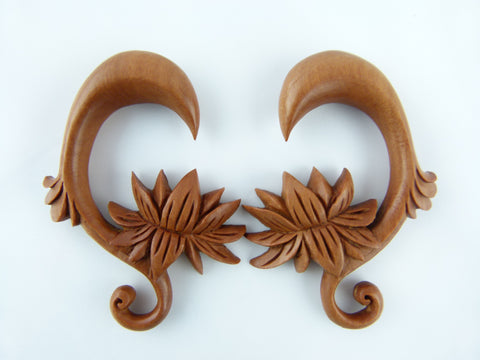 Wood Sacred Single Flower Stretching Earring