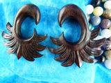 Aztec Feather Gauged Plugs (Pair) - D033