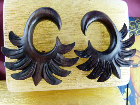 Aztec Feather Gauged Plugs