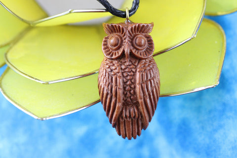 Wooden Wise Owl Necklace - Wood carved necklace - Z003