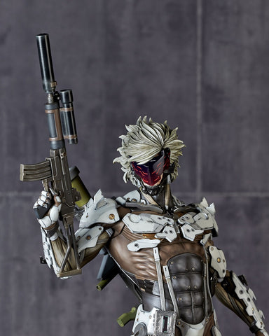 Metal Gear Solid V: Ground Zero - Jamais Vu: White Armor Ver.