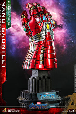 Nano Gauntlet (Hulk Version) Endgame 1/4 Figure (Hot Toys)