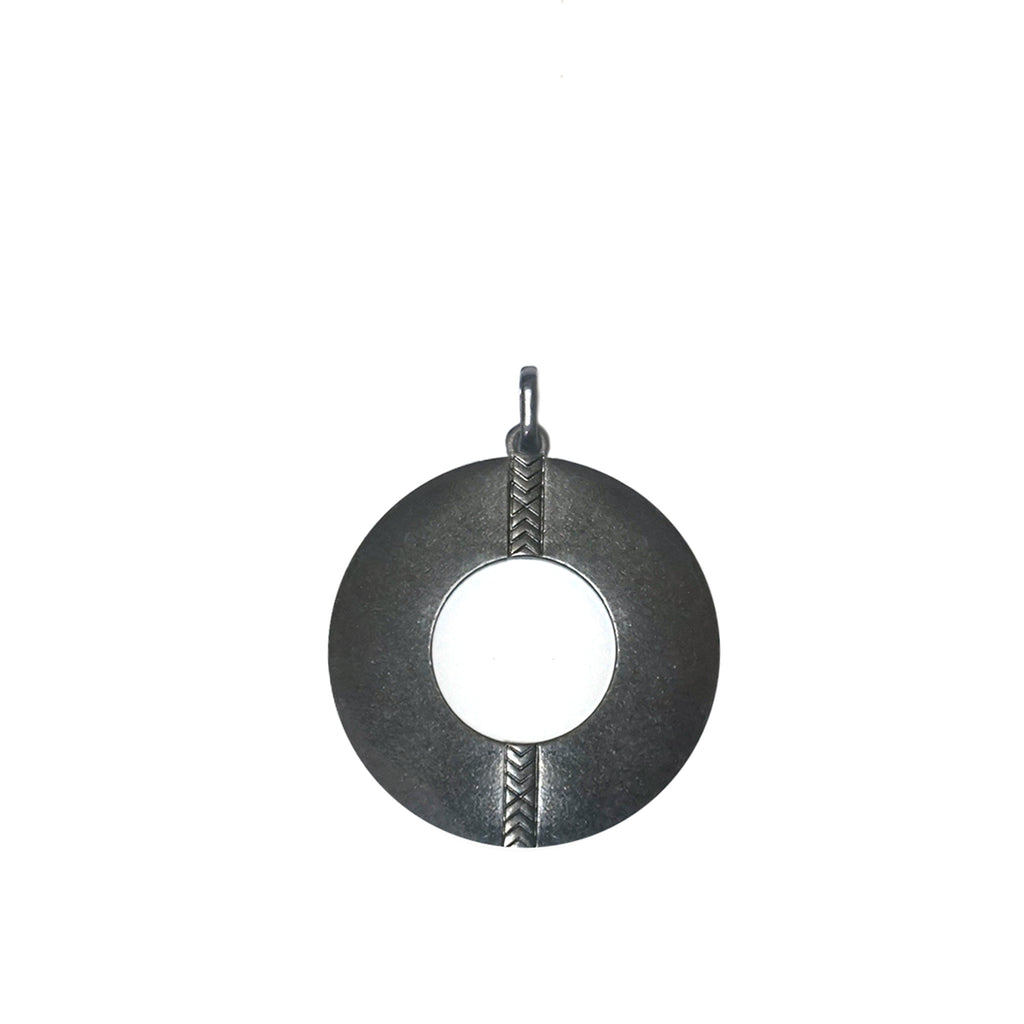 metal open disc bale charm
