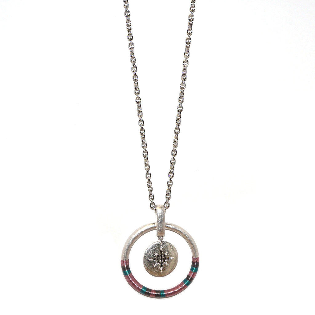threaded pendant necklace