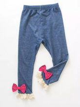 Load image into Gallery viewer, Bow Tie Leggings