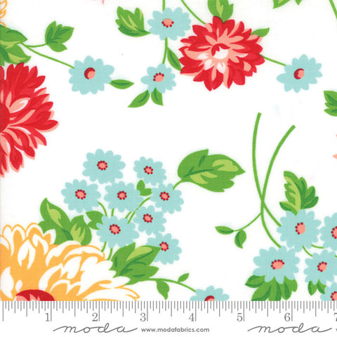 The Good Life Floral Scrumptious Main in White - 5 Yard Backing