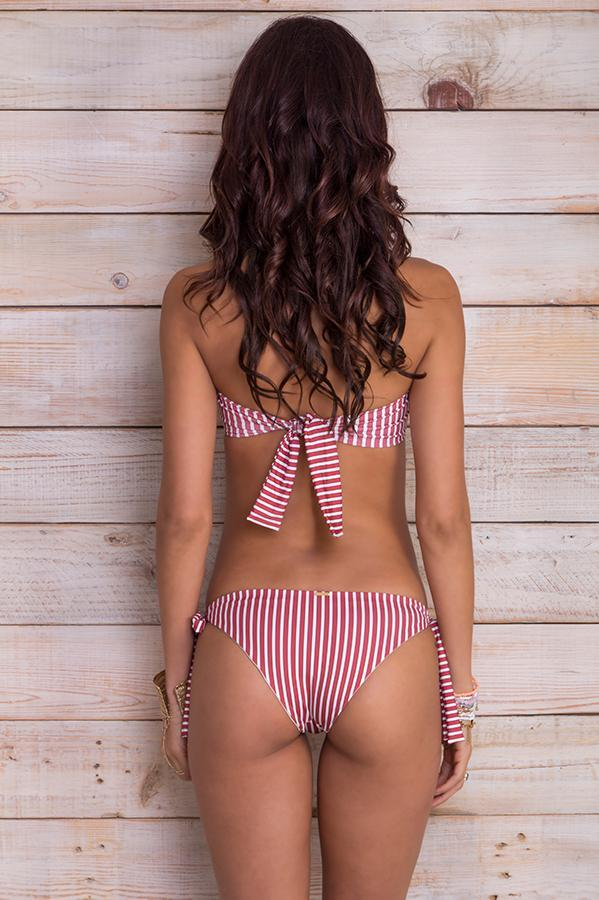 Ausland Red Stripes Bottom