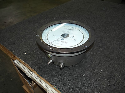 "10"" Wallace & Tiernan FA145 Millimeters of Mercury Pressure Gauge"