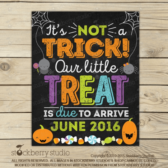 It's Not a Trick! Halloween Pregnancy Announcement Sign - Stockberry Studio