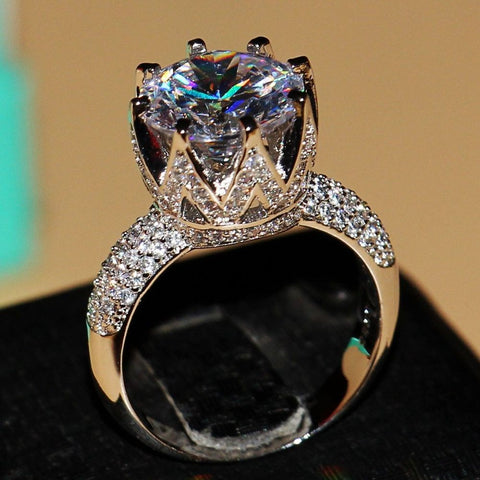 Luxury Fashion 8ct Solitaire White topaz Simulated Diamond Crown Ring