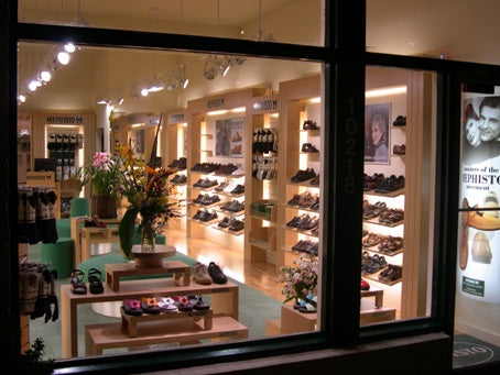 Mephisto Shoes Bellevue Store Image