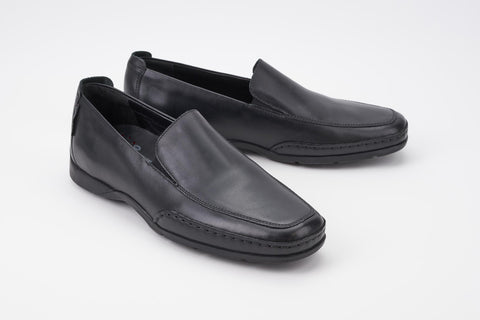 1e6b10f7325 ... Mephisto Men s Edlef Black Smooth 8800 casual dress loafer with elastic  goring profile ...