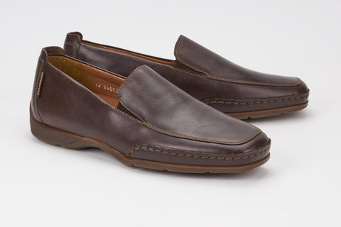 c44b00b72c7 ... Mephisto Men s Edlef Dark Brown Smooth 8851 casual dress loafer with  elastic goring profile ...