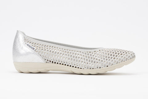 Mephisto Women's Evelyne Perforated Ballet In Silver Metal Side View
