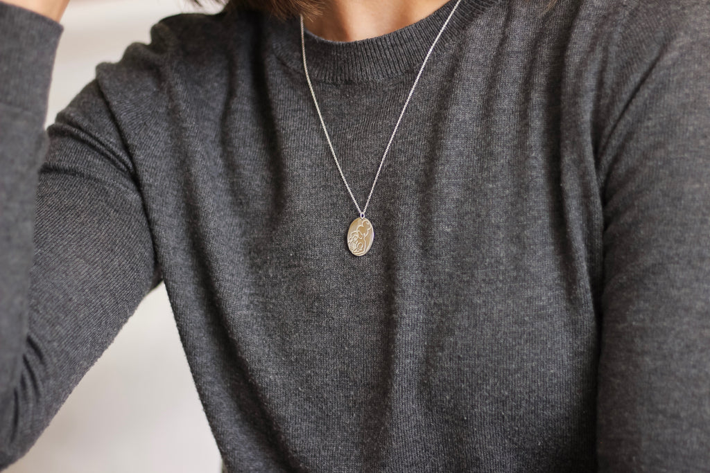 Mae Oval Necklace
