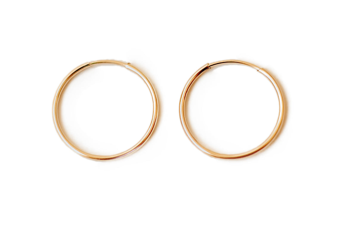 Eternity (mid) Hoop Earrings