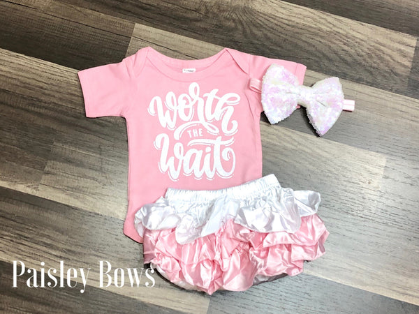 Worth The Wait - Paisley Bows