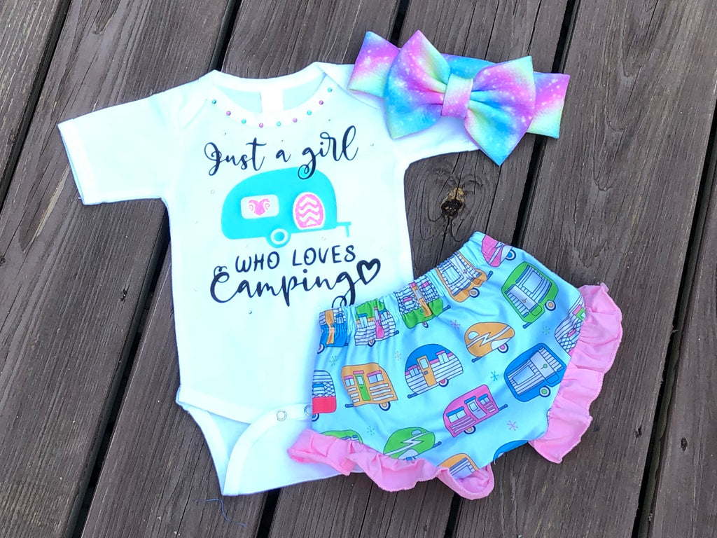 Just a girl who loves camping - Paisley Bows