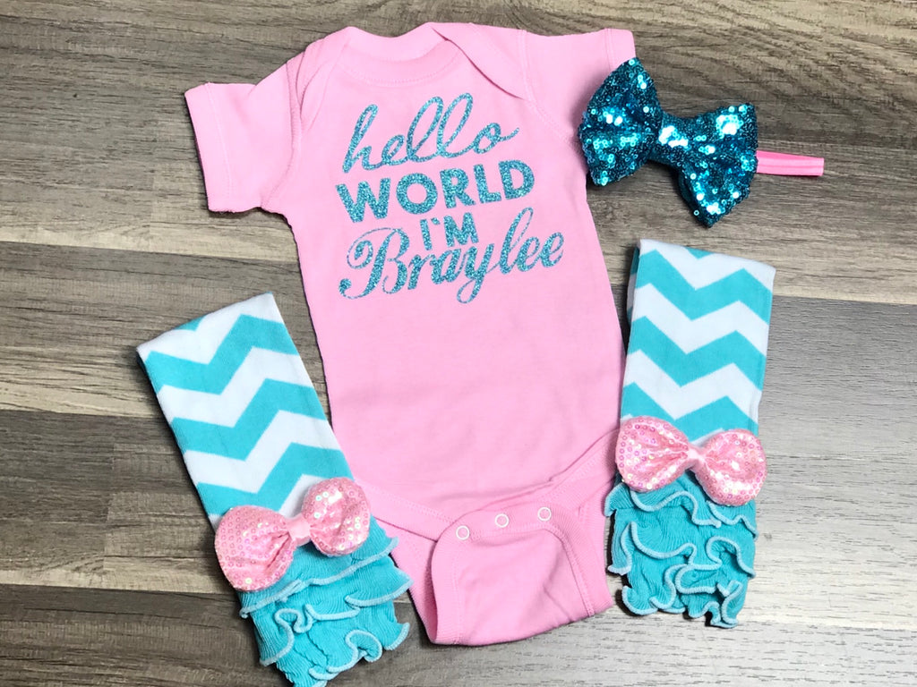 Customizable Newborn Hello World Outfit - Paisley Bows