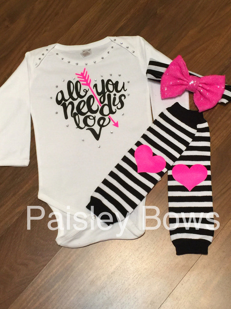 All You Need Is Love - Paisley Bows