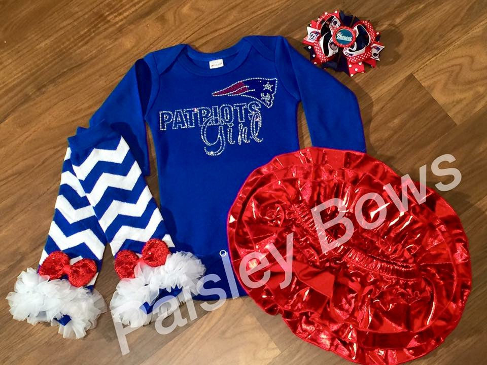 Patriots Rhinestone Outfit - Paisley Bows