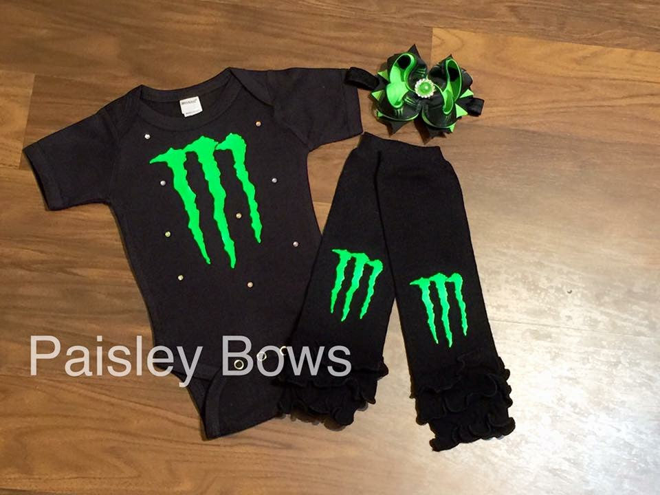 Monster racing - Paisley Bows