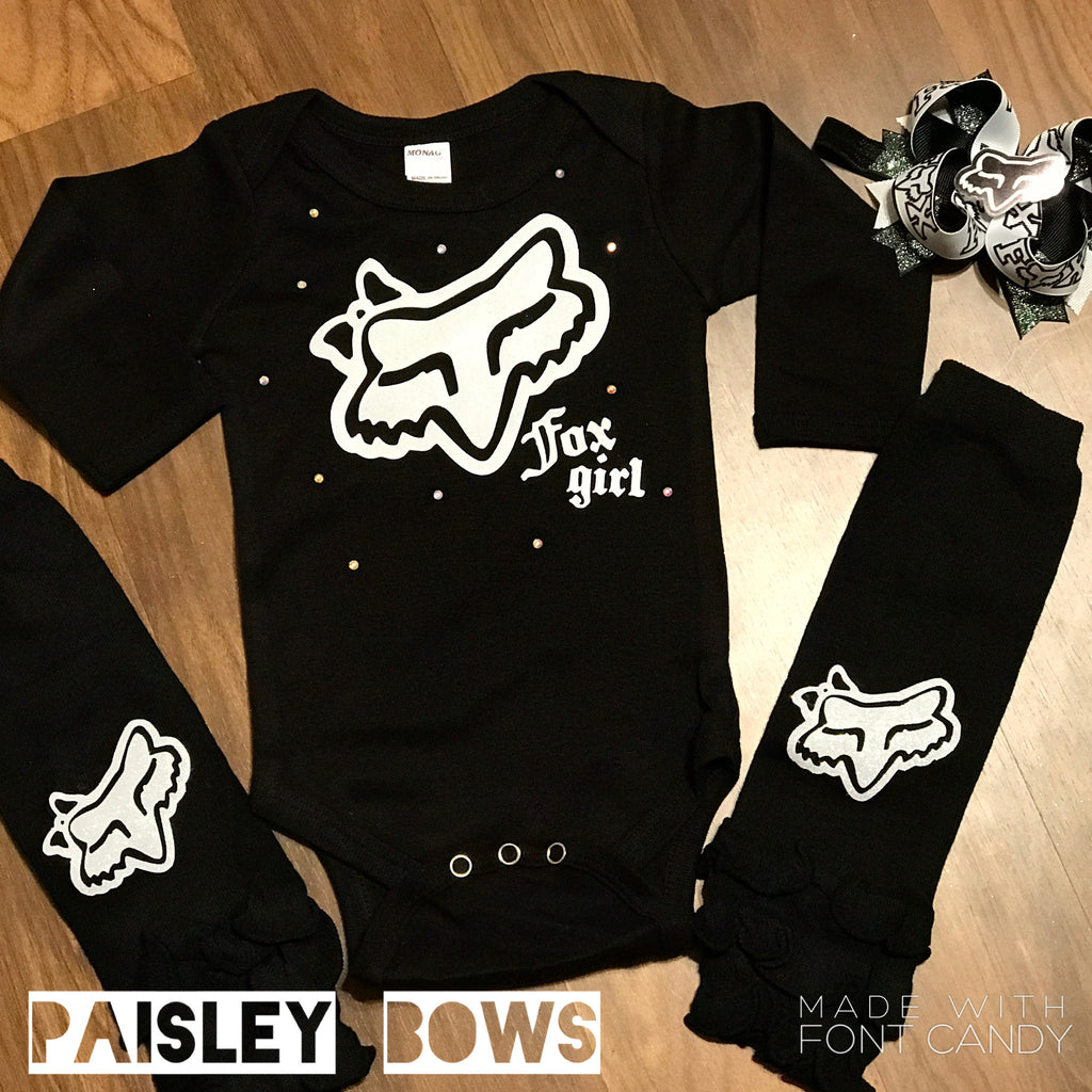 Fox girl black and white - Paisley Bows