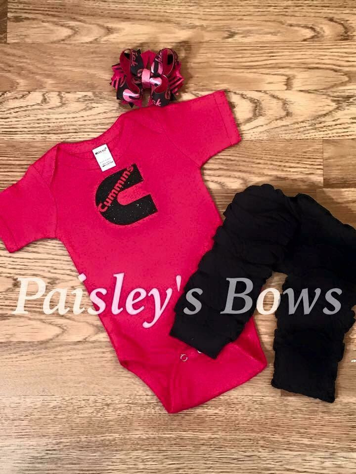 Cummins girl - Paisley Bows