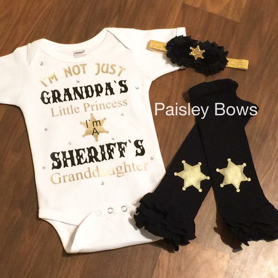 Sheriff's Granddaughter - Paisley Bows