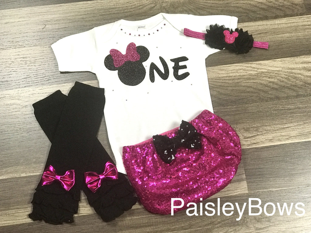 Hot Pink Minnie Mouse Birthday - Paisley Bows