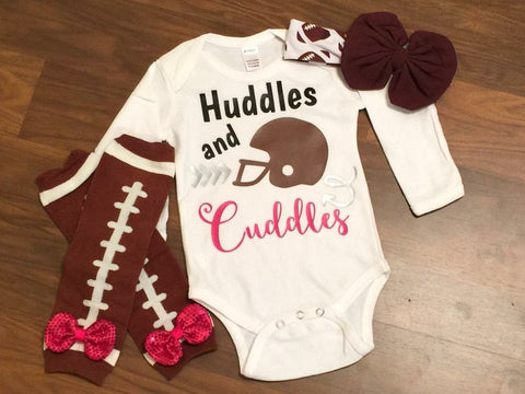 Huddles And Cuddles - Paisley Bows