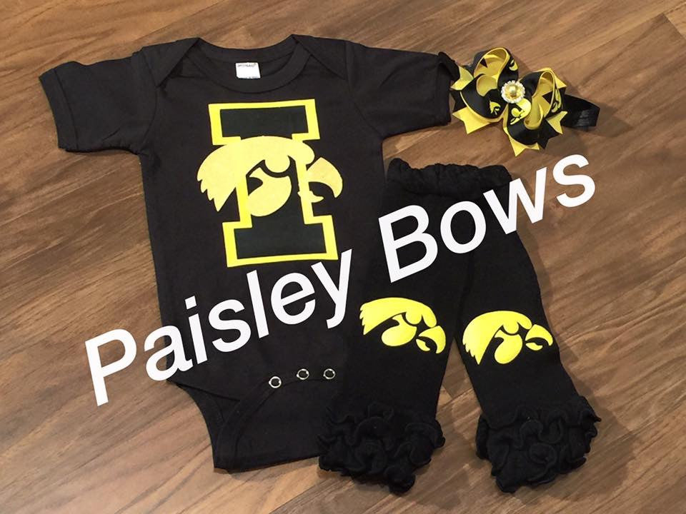 Iowa Football - Paisley Bows