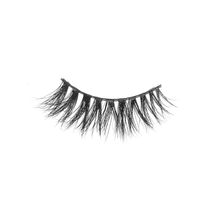 SAVAGE - EK LASHES