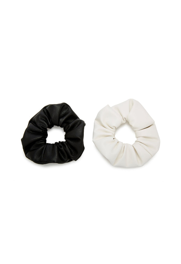 SET OF 2 LEATHER SCRUNCHIES