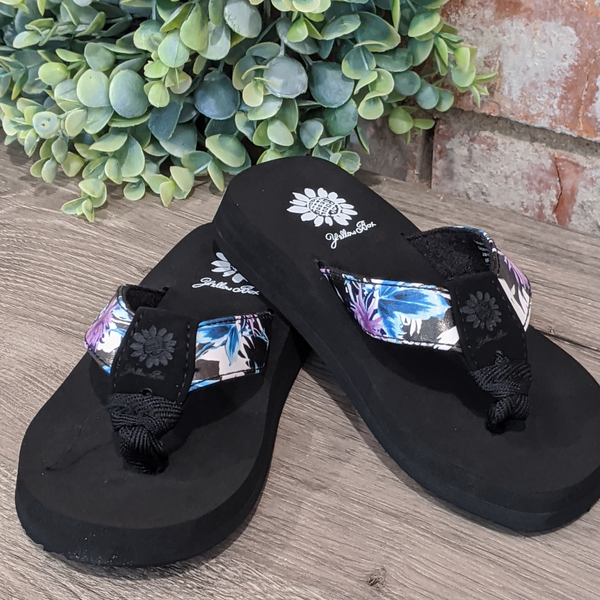 YELLOWBOX Girls Black Floral Sandal - Florisa2