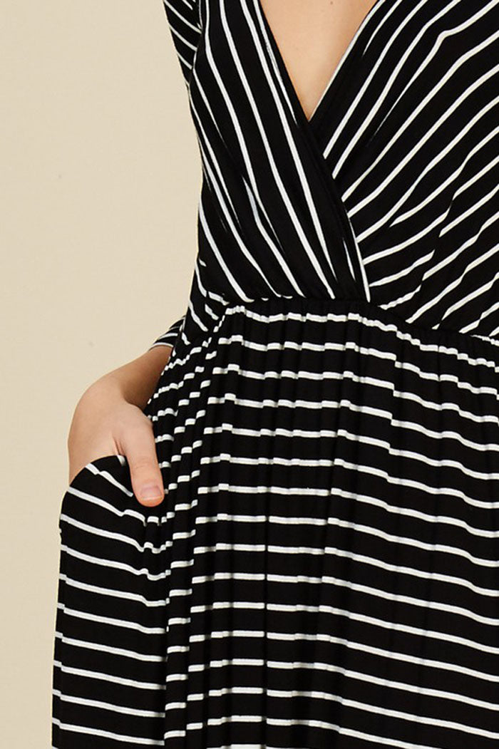Lexi Stripe Maxi Dress : Black/Ivory