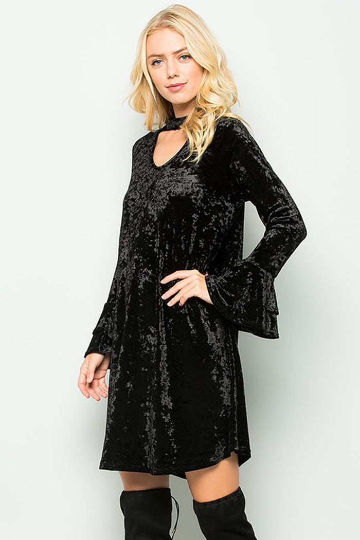 Harriet Velvet Keyhole Dress : Black