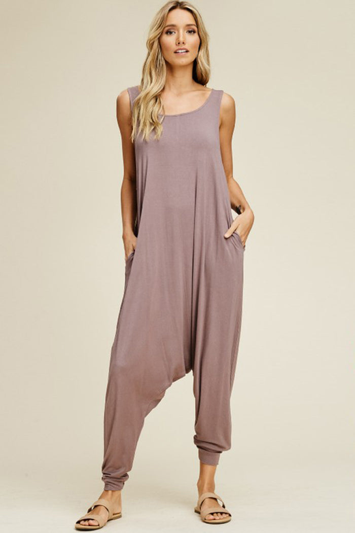 Aria Sleeveless Jumpsuits : Red