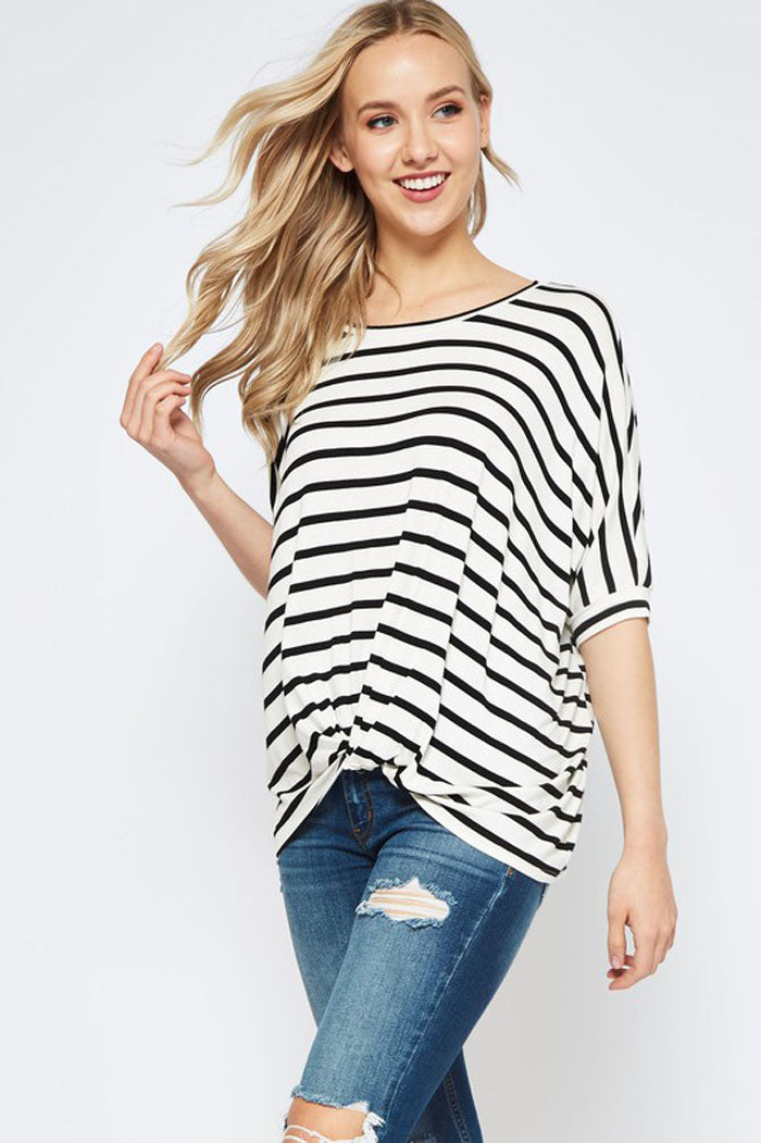 Helen Knot Hem Top : Ivory/Black