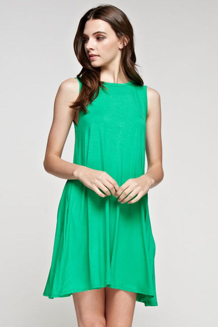 Lindsey Essential Dress Plus : Kelly Green