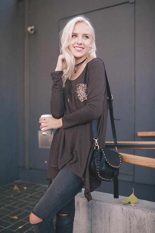 Solid Top with Sequins Pocket : Brown