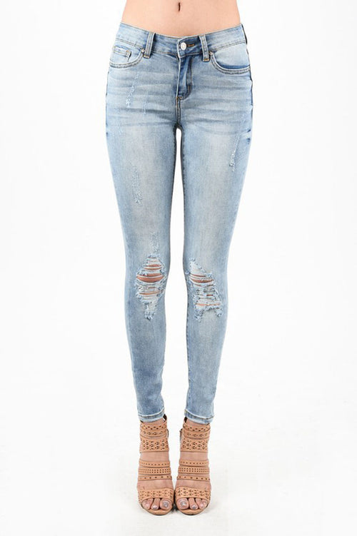 Lara Light Wash Jeans