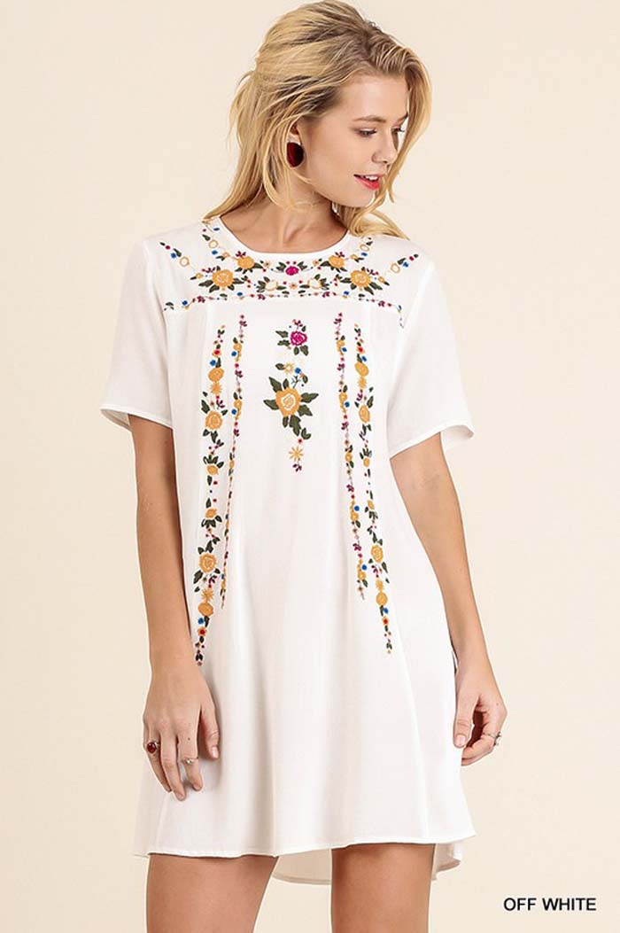 Julianne Embroidered Dress : Off White