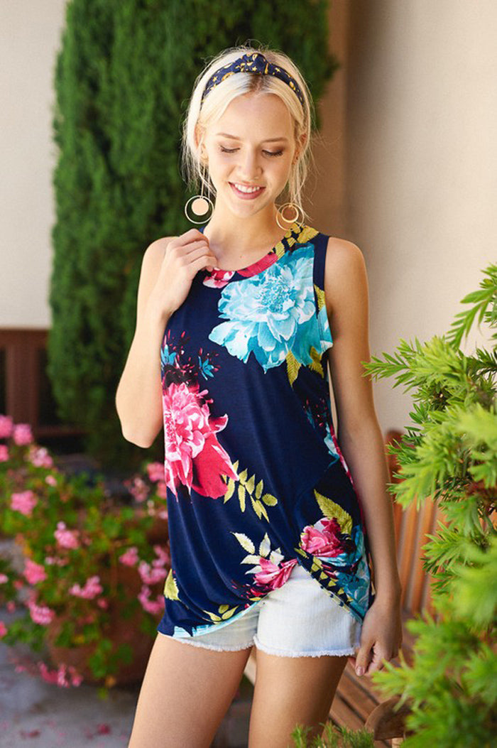Ariana Floral Sleeveless Top : Navy.