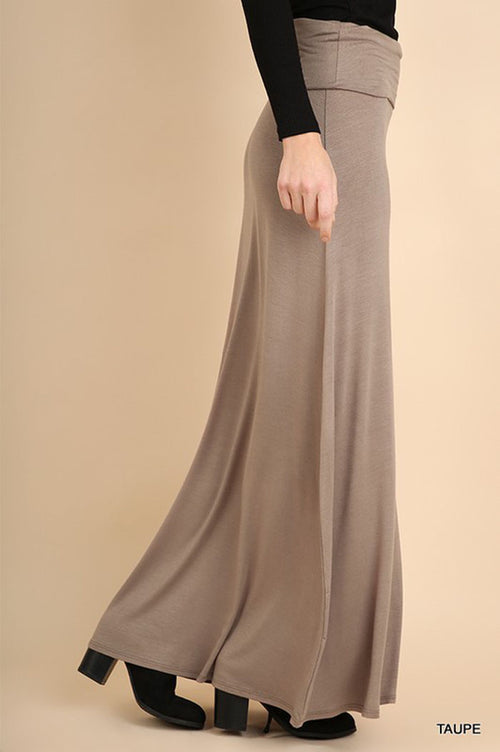 Jamie Basic Skirt : Taupe