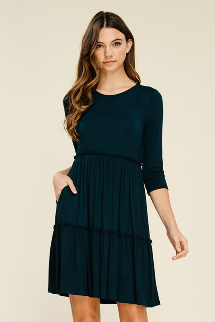 Linda Solid Layered Dress : Black